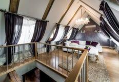 Binnenland van woonkamer in de zolder Stock Foto
