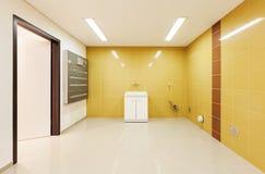 Binnenlands modern huis, wasserij Stock Foto's