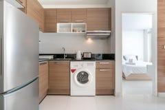 Binnenlands ontwerp in keuken van het huis stock foto's
