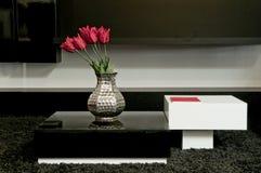 Binnenlands ontwerp in modern huis Stock Foto's