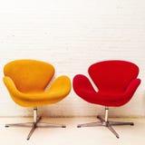 Binnenlands ontwerp van twee moderne stoelen Stock Afbeelding