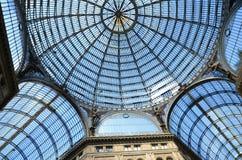 Binnenlandse archirectural details van de galerij van Umberto I in Napels, Italië Stock Foto