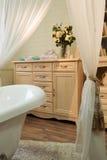 Binnenlandse beelden van badkamers in klassieke stijl Royalty-vrije Stock Afbeelding