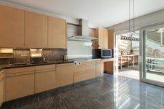Binnenlandse, binnenlandse keuken Royalty-vrije Stock Fotografie