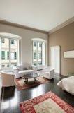 Binnenlandse, klassieke woonkamer Royalty-vrije Stock Foto's