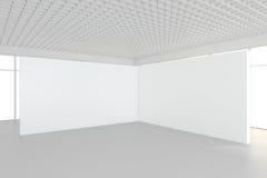 Binnenlandse lege aanplakborden die zich op vloer in witte ruimte bevinden het 3d teruggeven Royalty-vrije Stock Foto's