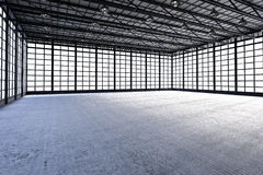 Binnenlandse lege fabriek Stock Afbeeldingen