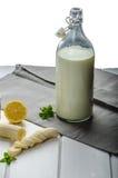 Binnenlandse melk van organische landbouwbedrijven royalty-vrije stock fotografie