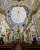 Binnenlandse mening van de tempel van La Santa Vera Cruz de la Concord Stock Fotografie