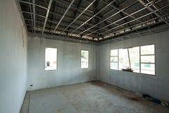 Binnenlandse mening van een nieuw huis in aanbouw Stock Foto