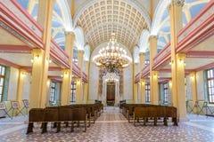 Binnenlandse mening van Grote Synagoge van Edirne, Turkije royalty-vrije stock foto