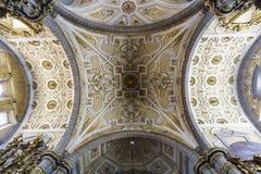 Binnenlandse mening van Kerk van Santo Domingo Stock Afbeeldingen
