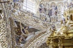 Binnenlandse mening van Kerk van Santo Domingo Royalty-vrije Stock Foto's