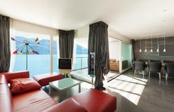 Binnenlandse, moderne flat Royalty-vrije Stock Afbeeldingen