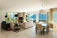 Binnenlandse, moderne flat Royalty-vrije Stock Afbeelding