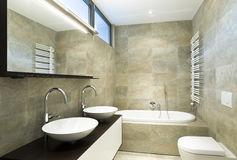 binnenlandse mooie badkamers Royalty-vrije Stock Afbeelding