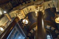 Binnenmening van de Kapel van Charlemagne Aachen Cathedral met Byzantijnse architectuur royalty-vrije stock foto