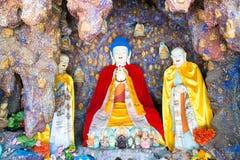 BINNENmongolië, CHINA - 14 Augustus 2015: Buddastandbeelden in Meidai Lam Stock Afbeelding