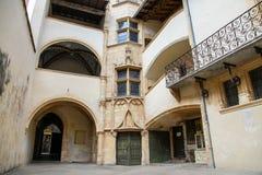 Binnenplaats in Lyon Stock Foto's