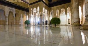 Binnenplaats van de Leeuwen in avondtijd, Alhambra granada royalty-vrije stock foto's