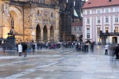 Binnenplaats van het kasteel van Praag Stock Foto's