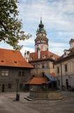 Binnenplaats van kasteel ÄŒeskà ½ Krumlov Royalty-vrije Stock Afbeeldingen