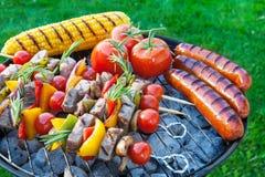 Binnenplaatsbarbecue Stock Foto