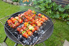 Binnenplaatsbarbecue stock fotografie