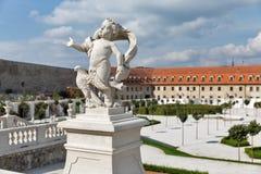 Binnenplaatstuin van het kasteel van Bratislava in Slowakije stock afbeelding