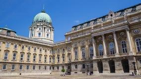 Binnenwerf van het Kasteel van Boedapest in Boedapest, Hongarije stock fotografie