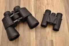 Binocular grande y pequeño Imágenes de archivo libres de regalías