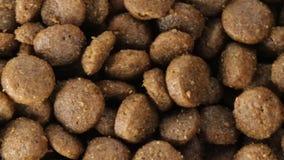 Bio- alimento per i cani stock footage