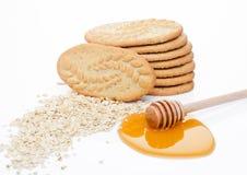 Bio biscuits sains de grain de petit déjeuner avec du miel Images libres de droits