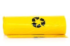 Bio- borse dell'immondizia gialla fotografia stock libera da diritti