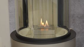 Bio chimenea moderna del fireplot en el gas del etanol Smart ecológico almacen de video