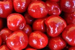 Bio- ciliege rosse immagine stock