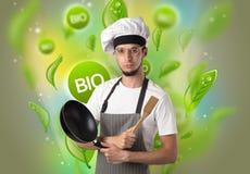 Bio- foglie concetto e ritratto del cuoco fotografie stock
