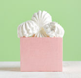 White marshmallow dessert in pink box Royalty Free Stock Photography