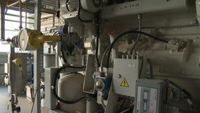 Bio het materiaalpijpen en tanks van de gasgeneratie in de faciliteiteninstallatie van de waterbehandeling stock video