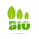 Bio logotipo verde com folhas Imagens de Stock Royalty Free
