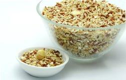 Bio mat: Organiska ris för blandning på vit bakgrund Arkivbild