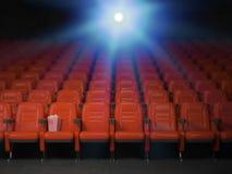 Bio- och filmbiografbegreppsbakgrund Töm rader av rött s Arkivfoton