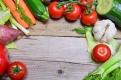 Bio oferta del panel de las verduras imagen de archivo