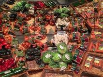 Bio- prodotti in una vendita al dettaglio Fotografie Stock Libere da Diritti