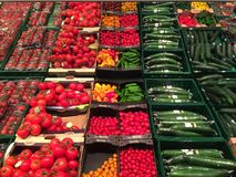Bio- prodotti in una vendita al dettaglio Fotografie Stock