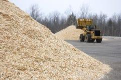 biobränsle chips mycket lagring använt trä Royaltyfria Bilder