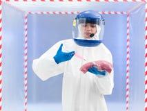 Biohazard przygotowywał osoby wstrzykuje surowego mięso Obrazy Stock