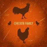 Biohofweinleseplakat mit Familienhuhn: Hahn, Henne mit Hühnern Stockfoto
