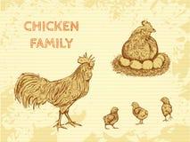 Biohofweinleseplakat mit Familienhuhn: Hahn, Henne mit Hühnern Lizenzfreies Stockfoto