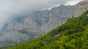 Biokovobergen in Markarska, Kroatië stock afbeelding